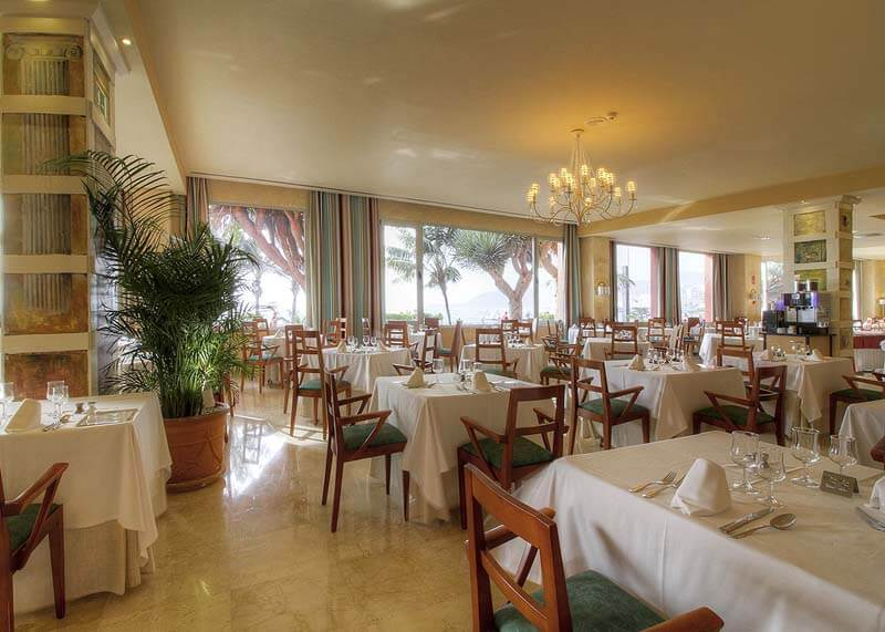 Hotel-Reina-Isabel-Las-Palmas-restaurant-roma-3