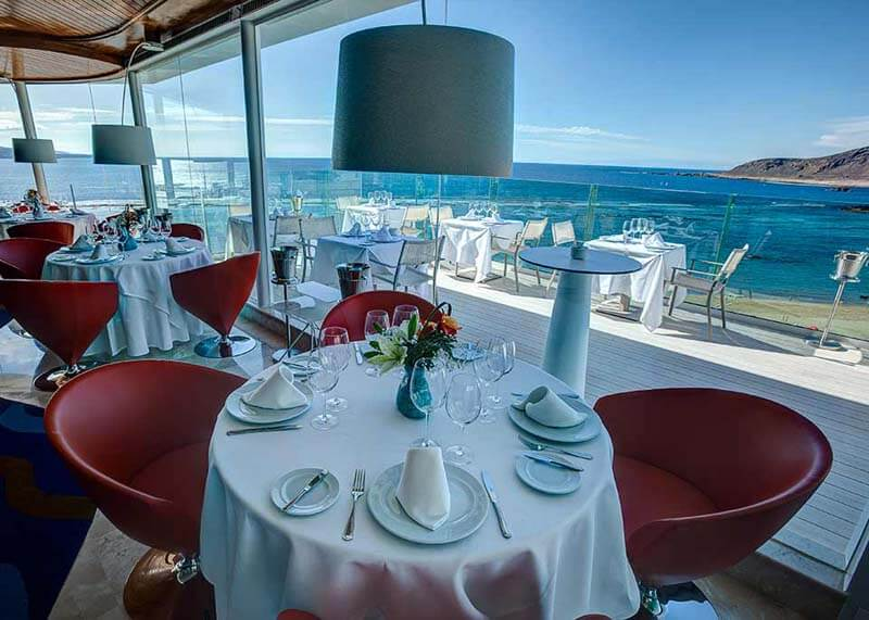 Hotel-Reina-Isabel-Las-Palmas-restaurant-summum-2