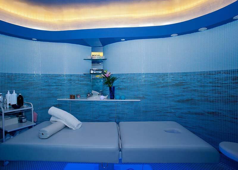 Hotel-Reina-Isabel-Las-Palmas-spa-7